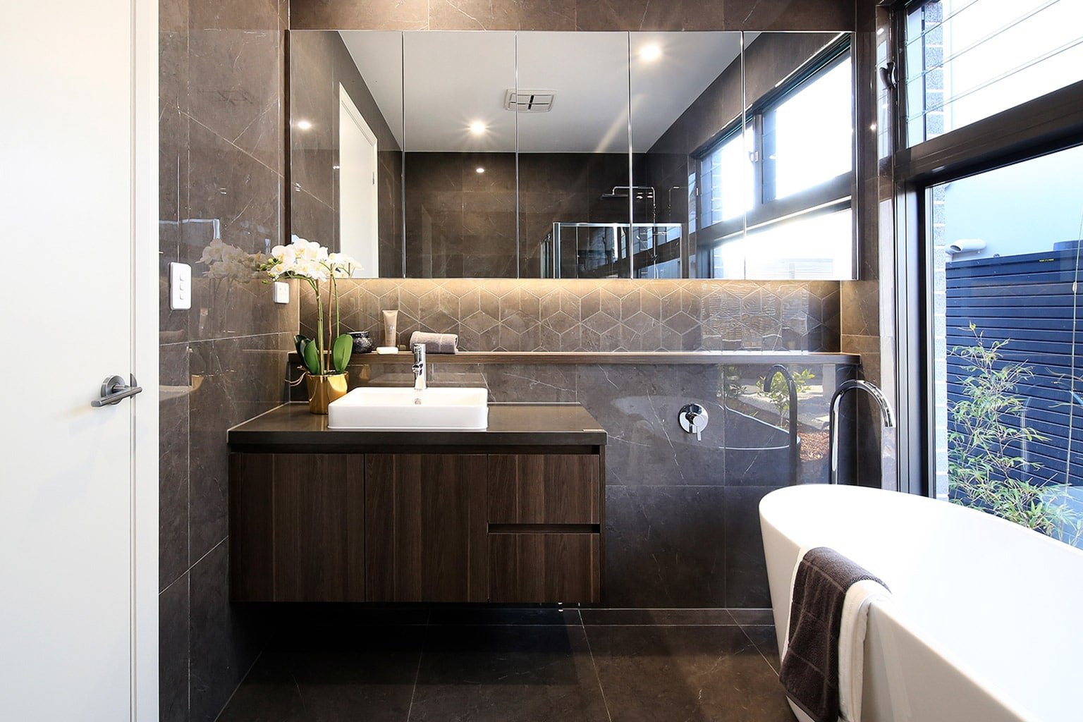 Toorak34-Bathroom